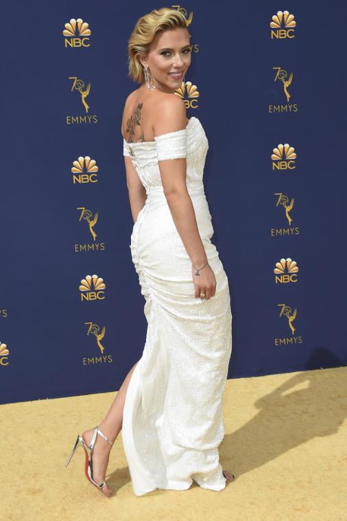 Scarlett Johansson en los premios Emmys