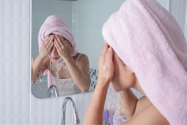 Hábitos que debes evitar para tener una piel perfecta