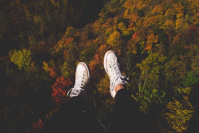 Pon unas zapatillas blancas en tu vida
