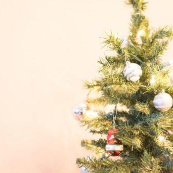 Saca tu espíritu festivo con estas prendas navideñas