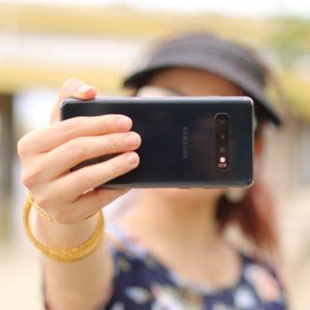 Aprende a sacarte el selfie perfecto