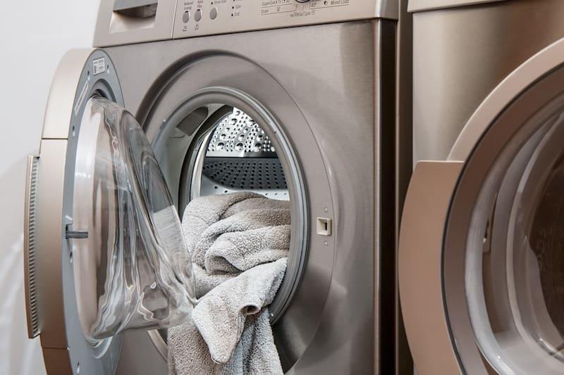 Trucos para eliminar las manchas de tu ropa